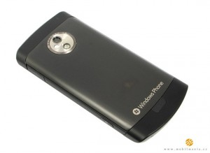 lg-optimus-7-back1
