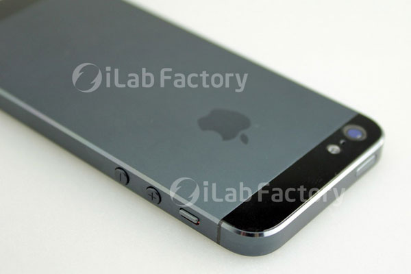 ilab3 - L'iPhone 5 reconstitué en images