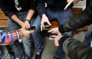 jeunes 300x194 - Smartphones : pourquoi les jeunes préfèrent Android