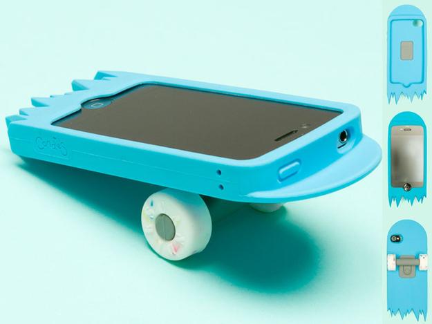 skate - 10 accessoires pour mobiles complètement absurdes