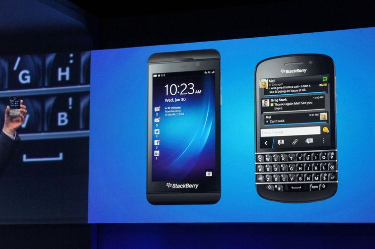 Les BlackBerry Z10 et Q10