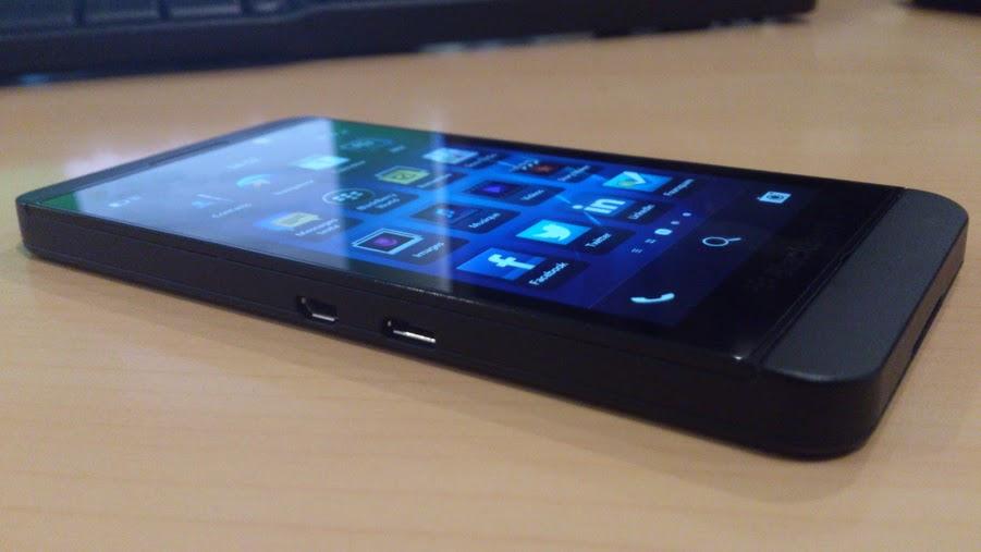 BlackBerry Z10 - Sony Xperia Z, BlackBerry Z10 et Q10... : Tous les tests et comparatifs de la semaine