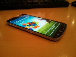 Samsung Galaxy S4 déballage18