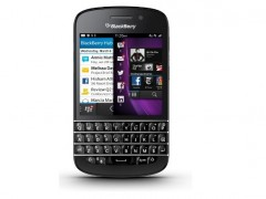 Le BlackBerry Q10 disponible chez Orange et SFR