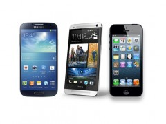 S4-vs-One-vs-iPhone-5 2