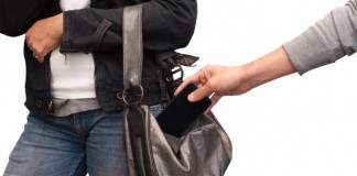 Insolite : un voleur de smartphone se fait voler le sien