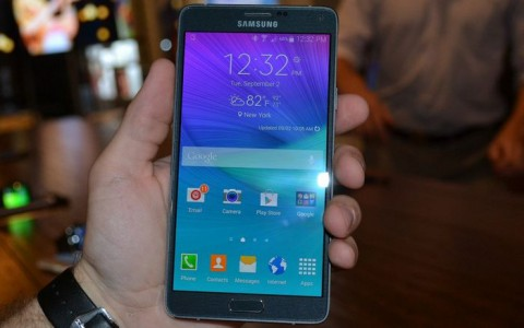 Samsung Galaxy Note 4 a aussi son probl�me de fabrication