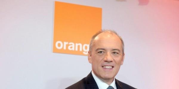orange porte plainte contre sfr actu meilleurmobile. Black Bedroom Furniture Sets. Home Design Ideas