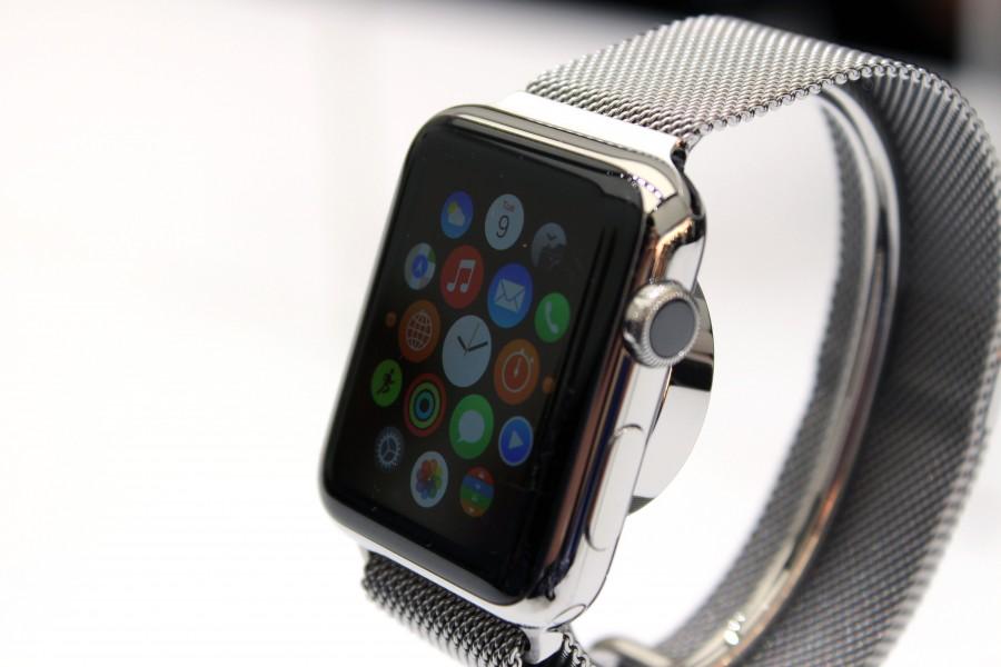 apple-watch-metallic-chain