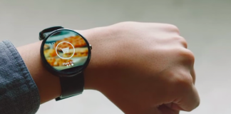dominos smartwatch