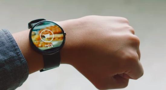 dominos smartwatch