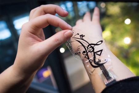 tatouage-connecté