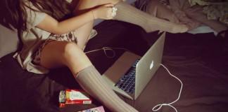 macbook girl