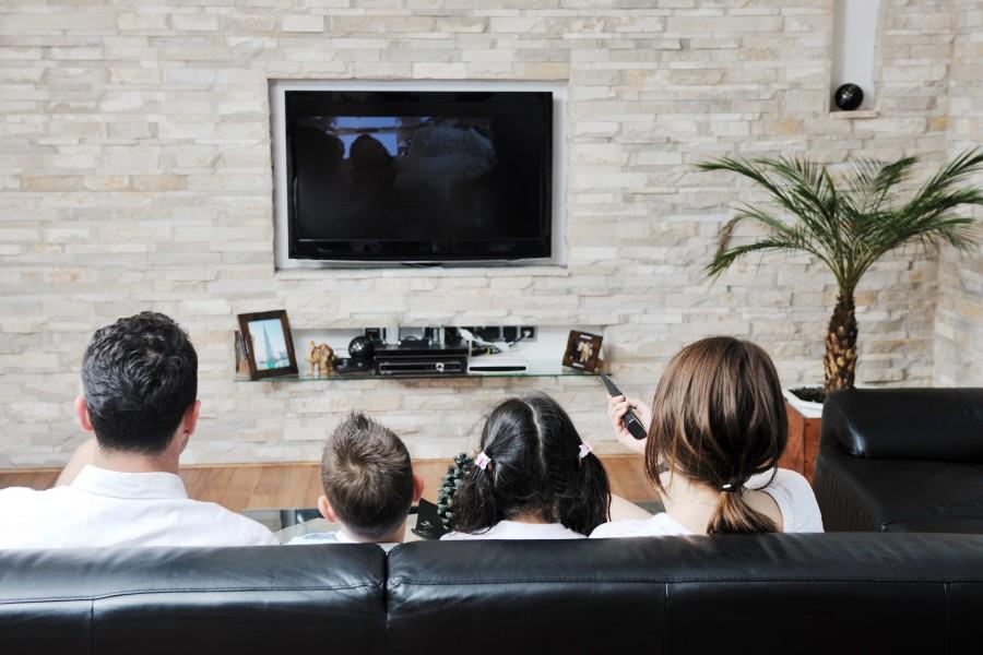 sharp quelle tv choisir meilleur mobile. Black Bedroom Furniture Sets. Home Design Ideas