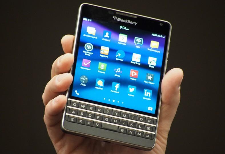 blackberry a la une