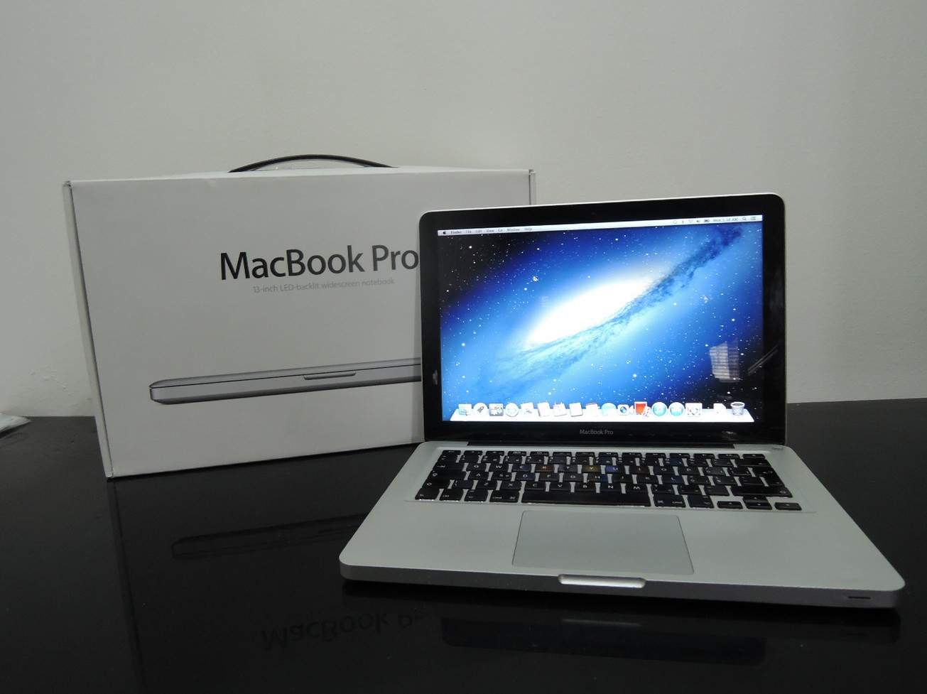 macbook pro quel vendeur propose la meilleure offre meilleur mobile. Black Bedroom Furniture Sets. Home Design Ideas