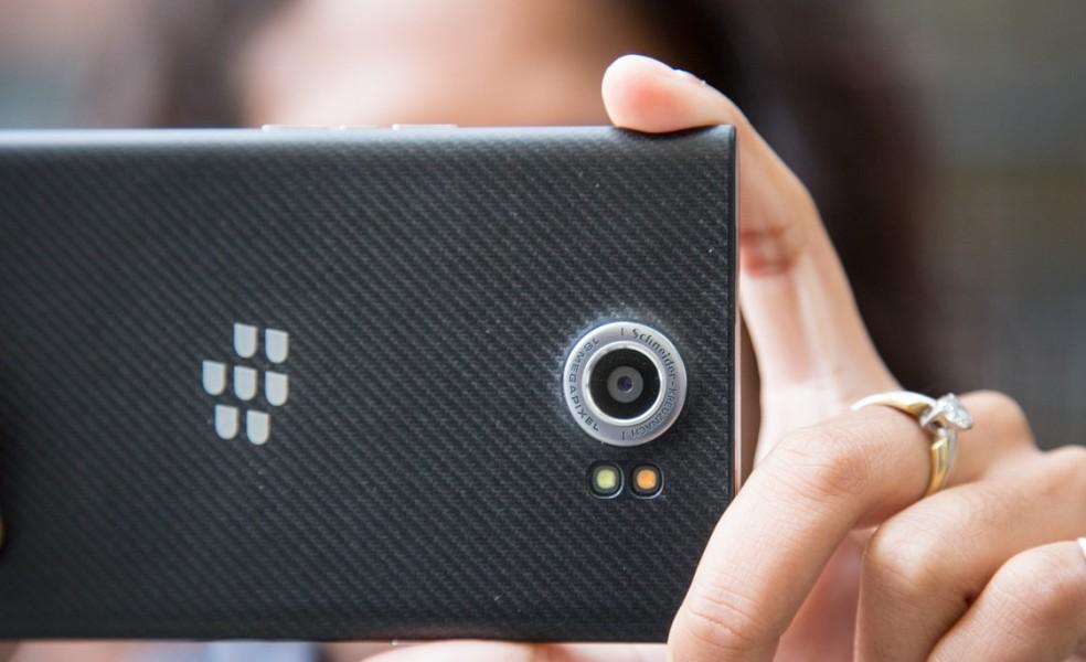 blackberry priv chez amazon