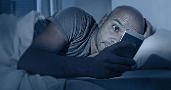 Le mode ��nocturne�� est demand� pour les smartphones