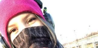 Une adolescente de 16 ans prend un selfie au bord d'un chemin de fer avant de se jeter sous un train. Découvrez cette histoire qui a fait le tour du monde.