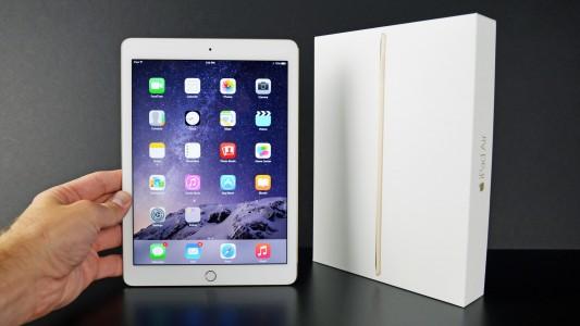 Apple : si votre iPad 4 est défectueux, le SAV le remplacera avec un iPad Air 2