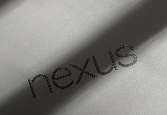 Nexus gris