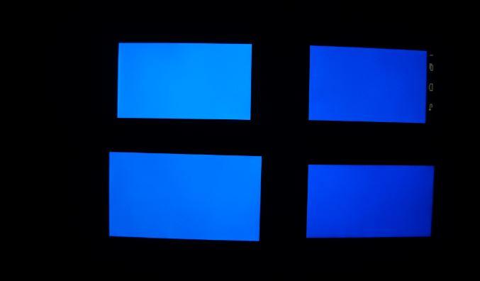 smartphones bleus