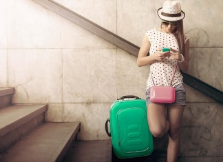 RED by SFR valise