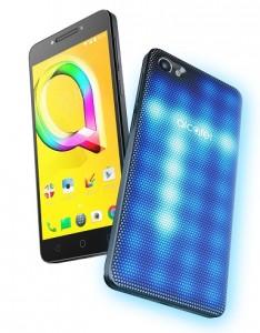 MWC 2017 : trois smartphones et une tablette du côté d'Alcatel
