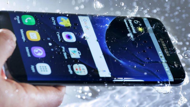 Les smartphones certifiés IP68 ne seraient pas protégés contre un type d'eau en particulier