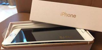 iPhone 8 Plus ouvert en deux