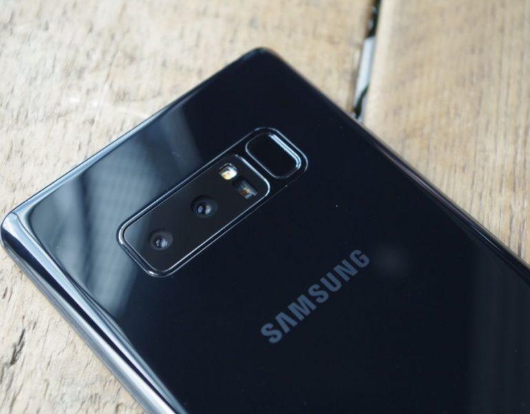 Aucune ressemblance entre le dos du Samsung Galaxy S9 et celui du Galaxy S8