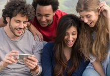Smartphone jeunes