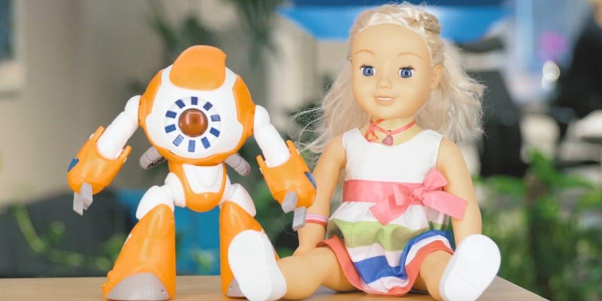 Jouets connectés Mon amie Cayla robot I-Que
