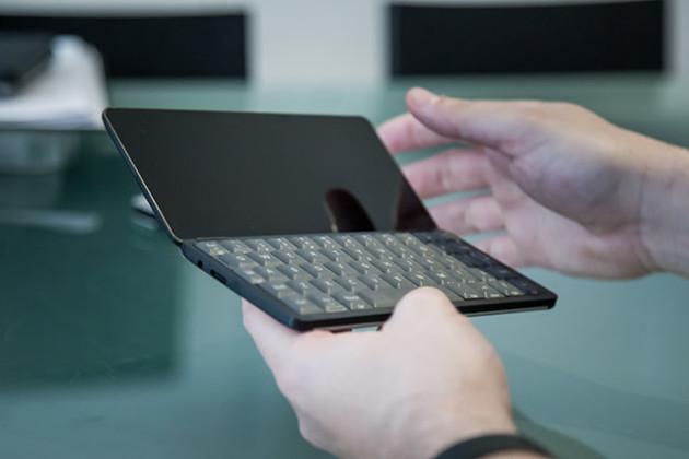 Gemini PDA, CES 2018 smartphone ordinateur
