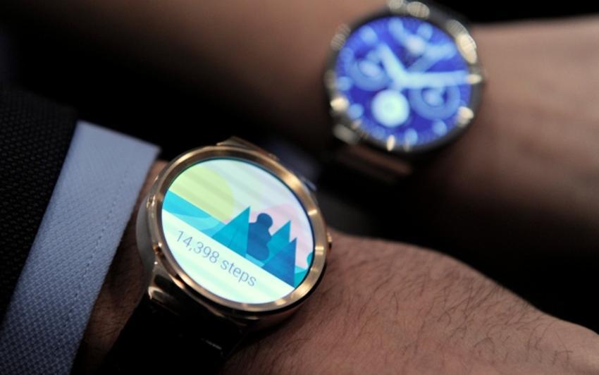 Smartwath montre connectée Apple Sony Samsung FitBit MyKronoz