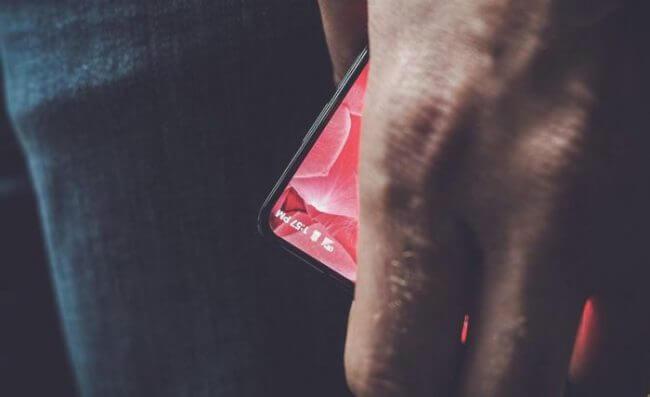 Essential arrête la production de son smartphone PH-1