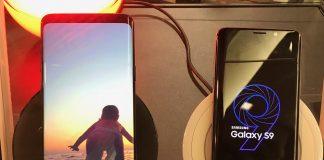 Samsung Galaxy S9+ à gauche et Galaxy S9 à droite