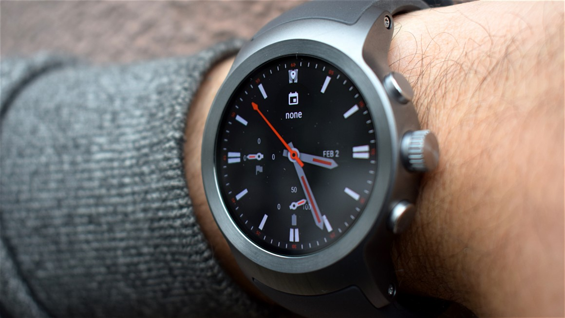 LG Watch Timepiece, une smartwatch hybride sous Wear en preparation