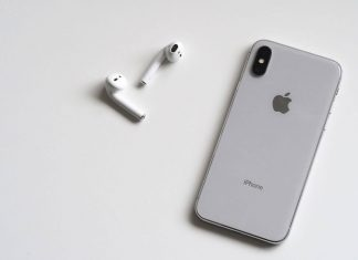iPhone X et AirPods
