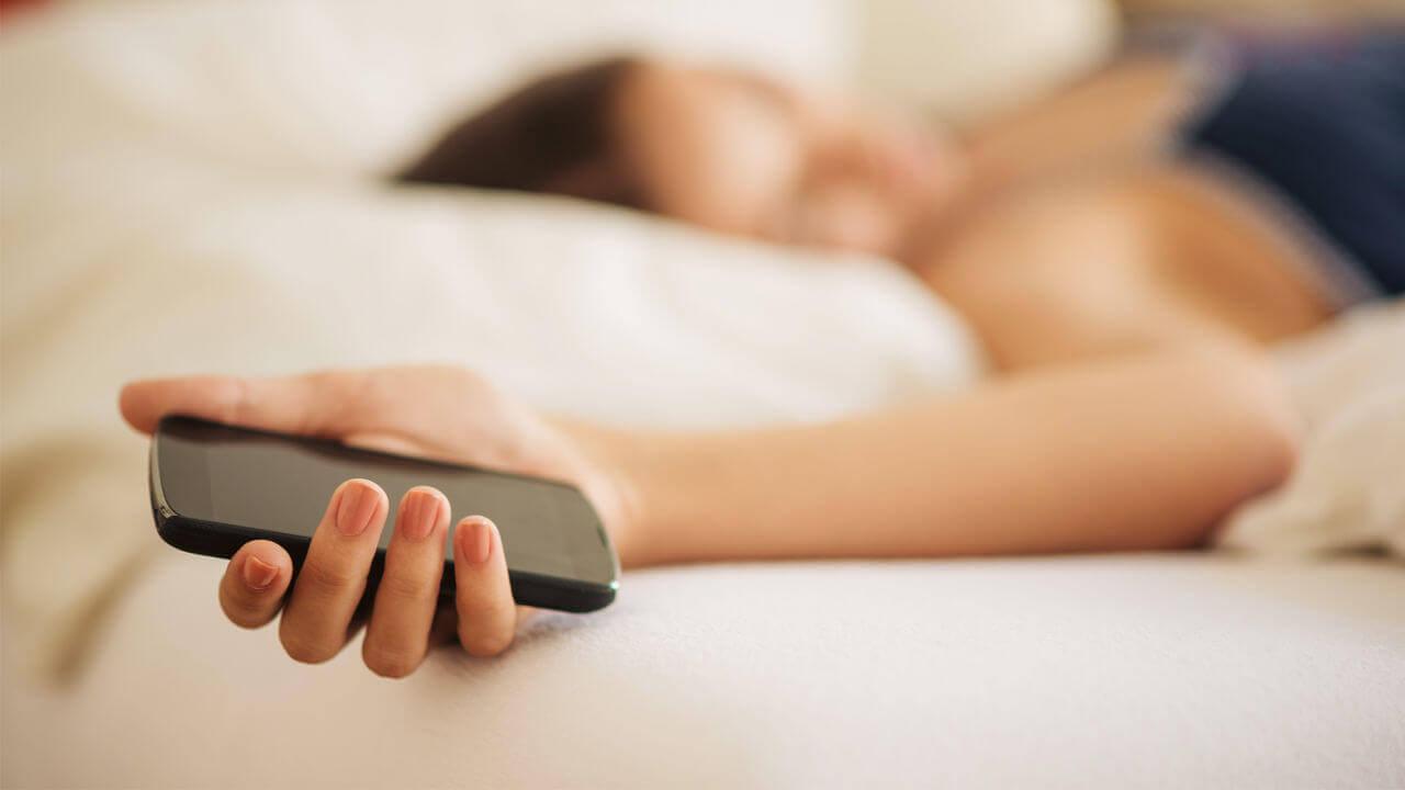 Vous dormez mal ? Essayez cette application qui vous lit le RGPD !
