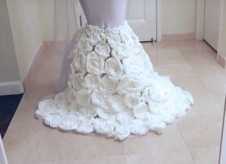 Une YouTubeuse fabrique une robe en papier toilette