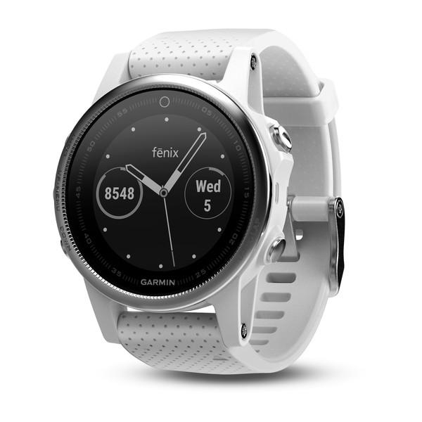 fenix 5S - Fénix 5 Plus : Garmin nous dévoile ses nouvelles montres connectées !