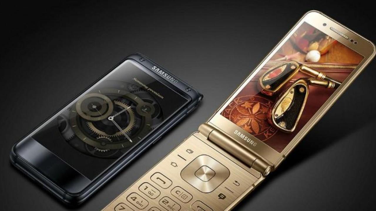Samsung W2019 : un smartphone de luxe et à clapet