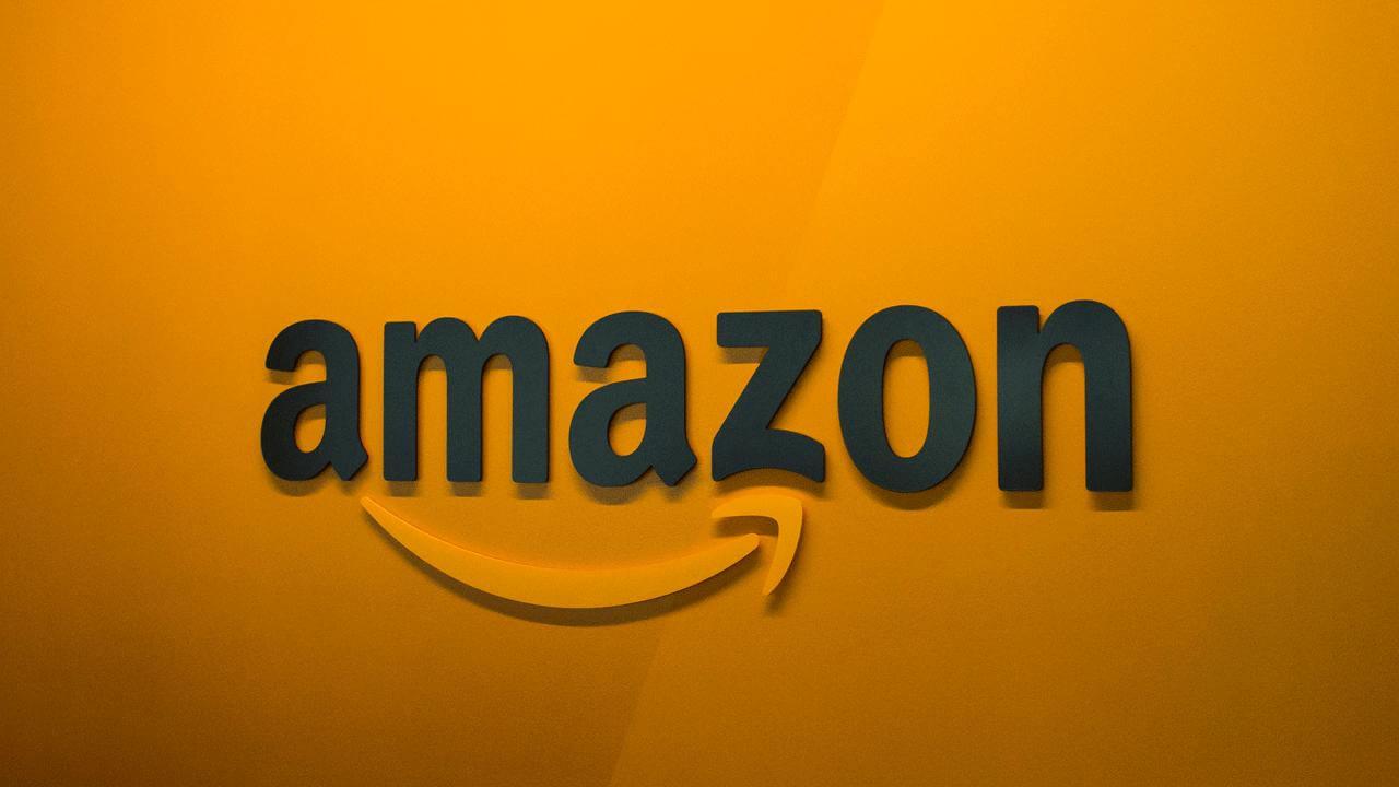 Des supposés salariés d' Amazon vantent les mérites de leur employeur sur Twitter