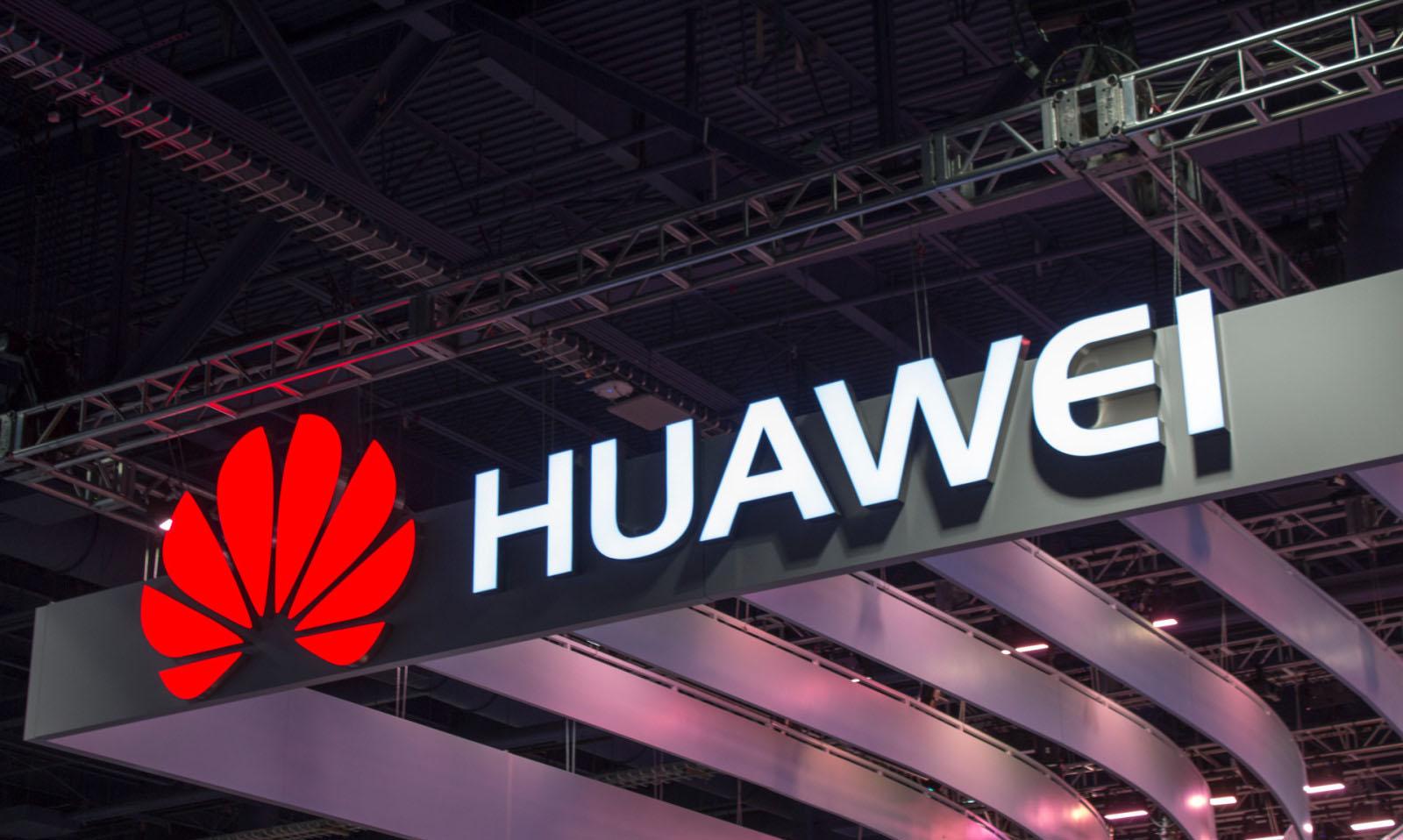 Grosse bourde : Huawei souhaite la bonne année 2019 sur Twitter avec un iPhone