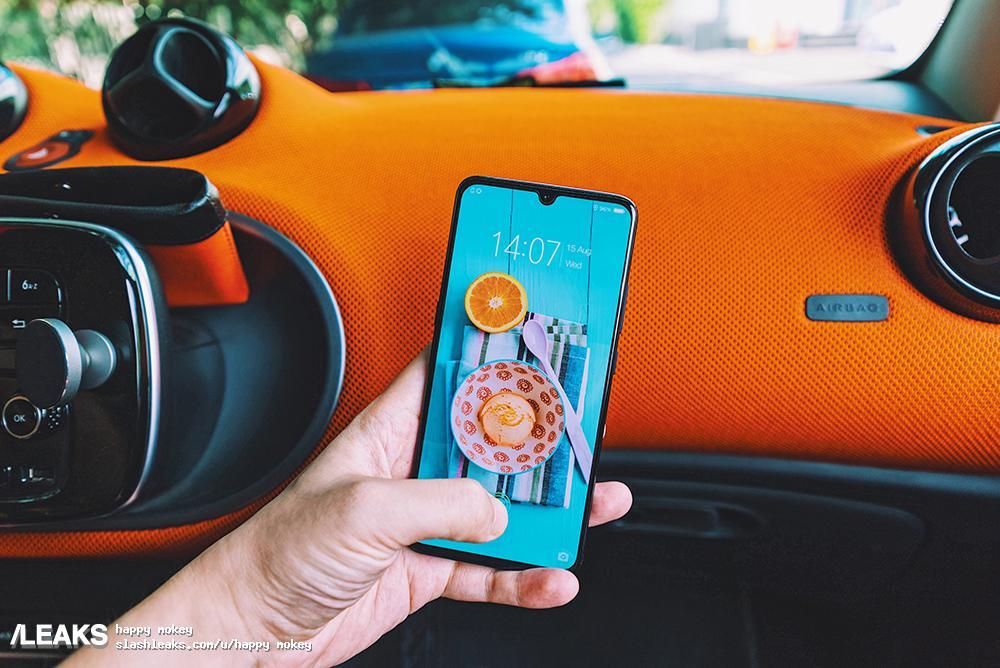 Vivo X23, Vivo V11, Honor 8X, OnePlus 6T, Oppo R17 : place à la mini-encoche !
