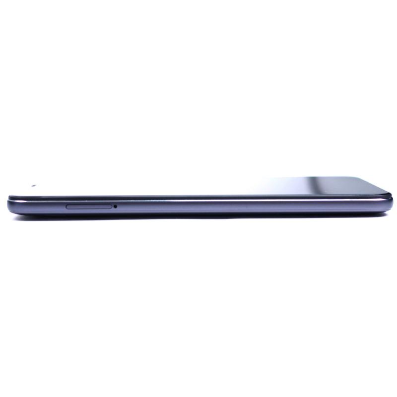 Xiaomi Pocophone F1 2 - Xiaomi Pocophone F1 : 6 pouces, Snapdragon 845, 6 Go de RAM pour moins de 450 euros !
