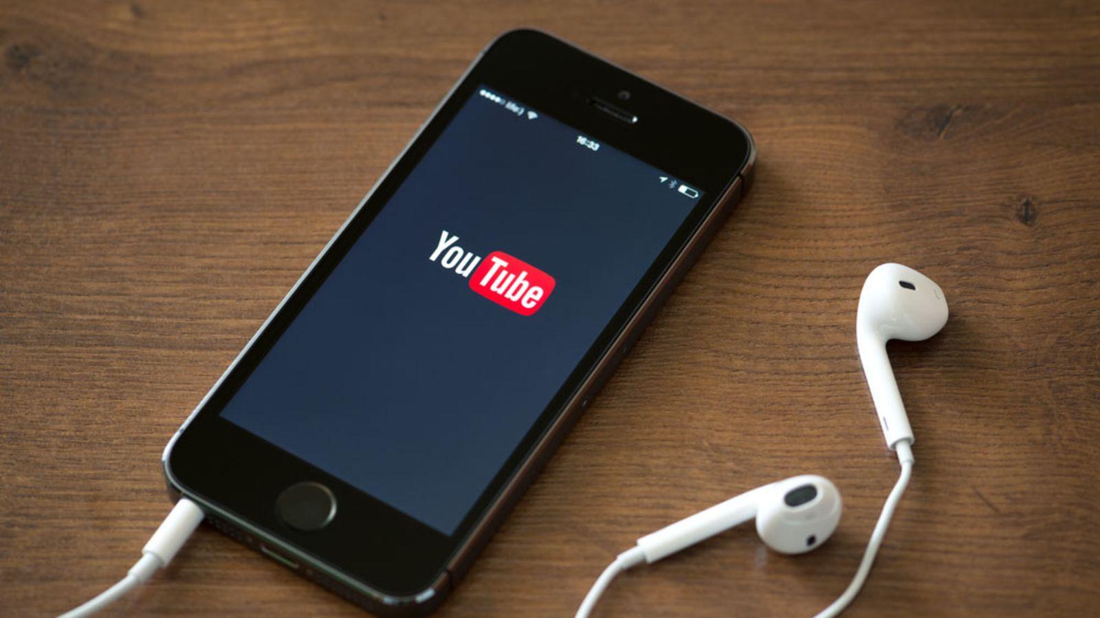 YouTube : des créateurs font exprès de chanter faux pour contourner le copyright