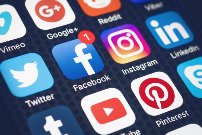 Réseaux Sociaux : les contenus à caractère terroriste doivent être retirés