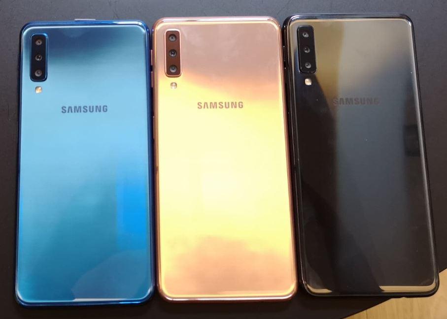 Prise en main du Samsung Galaxy A7 2018 : triple capteur et grand écran de 6 pouces pour 349 euros !